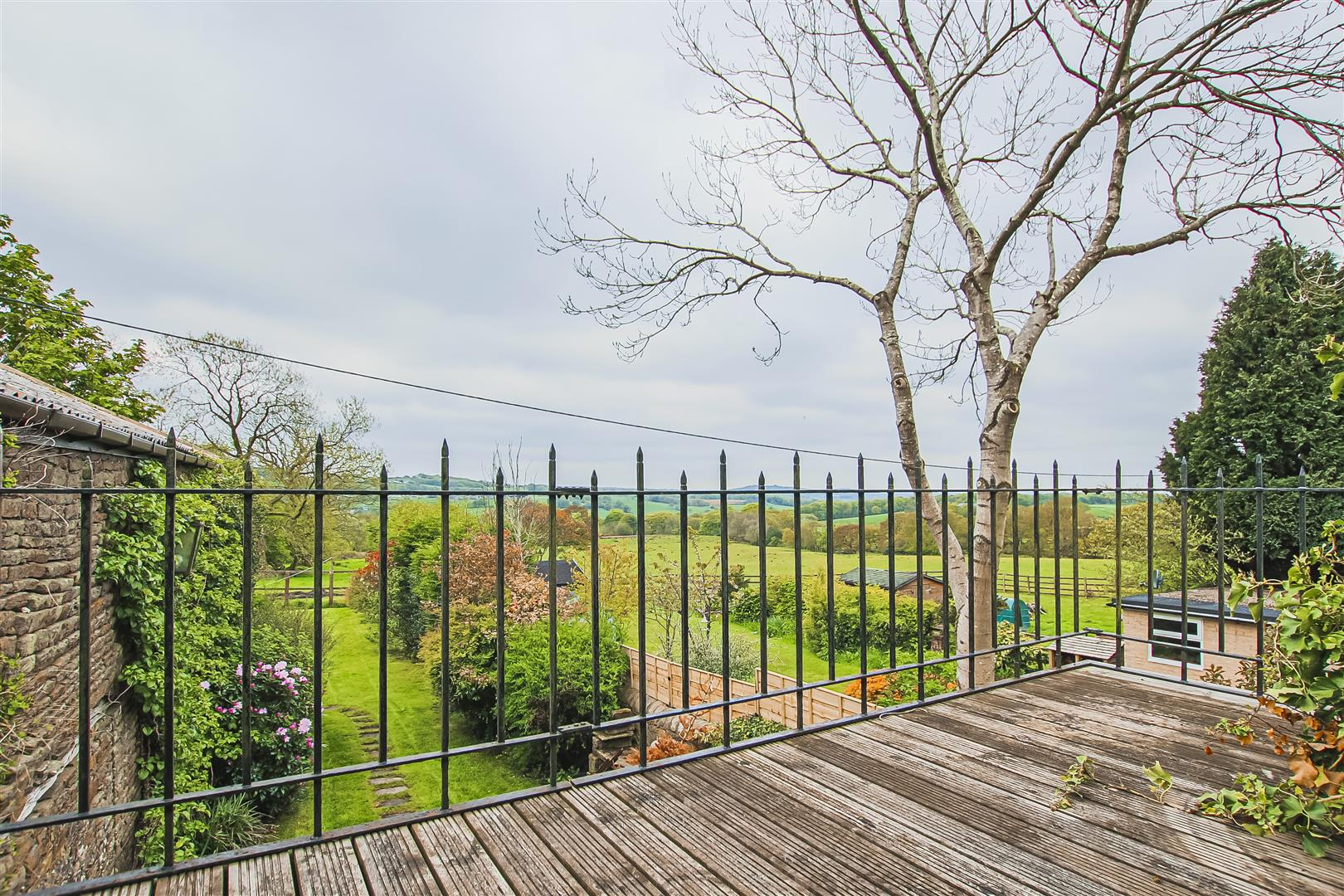 5 Bedroom Barn Conversion For Sale - Image 32